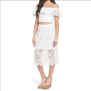 WAYF white lace crop top